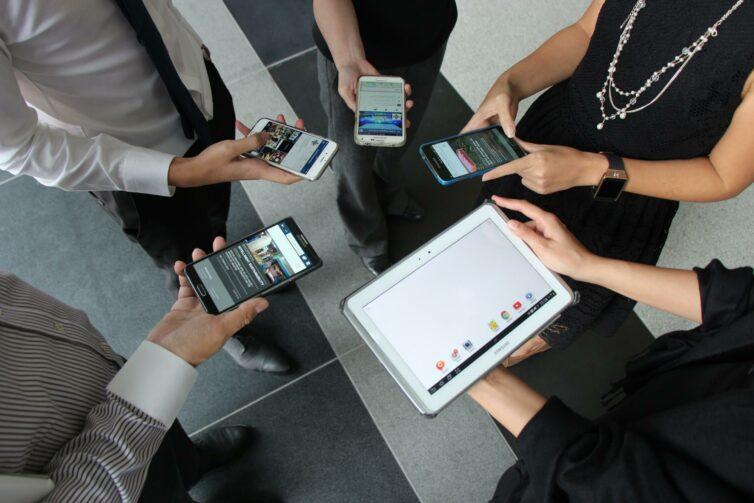 People, Phones, Meeting